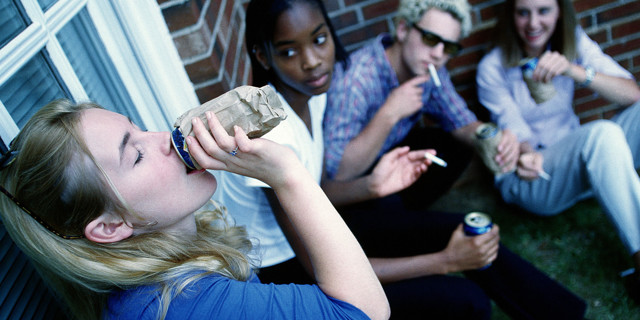 Девиантное поведение детей: почему возникает и как лечится