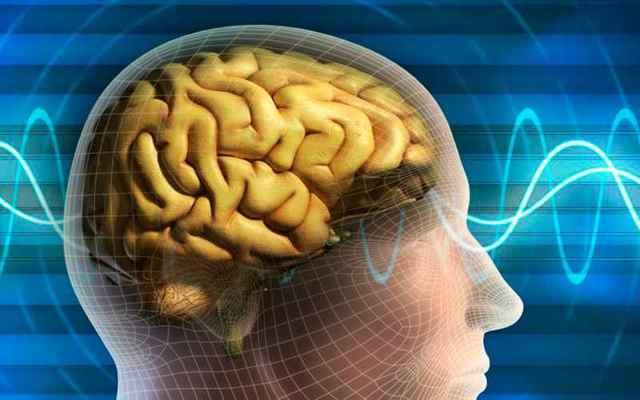 Почему человек дергается во сне: когда лечить миоклонус