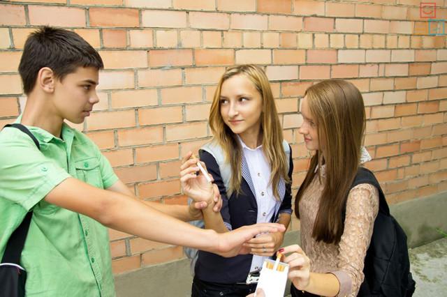 Девиантное поведение: как оно проявляется и как лечится