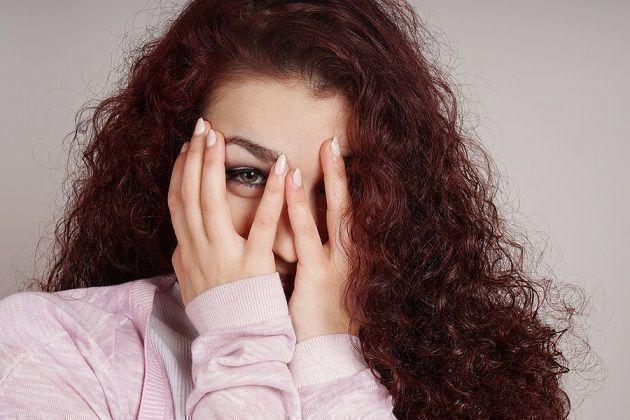 Эритрофобия: симптомы и лечение этой фобии