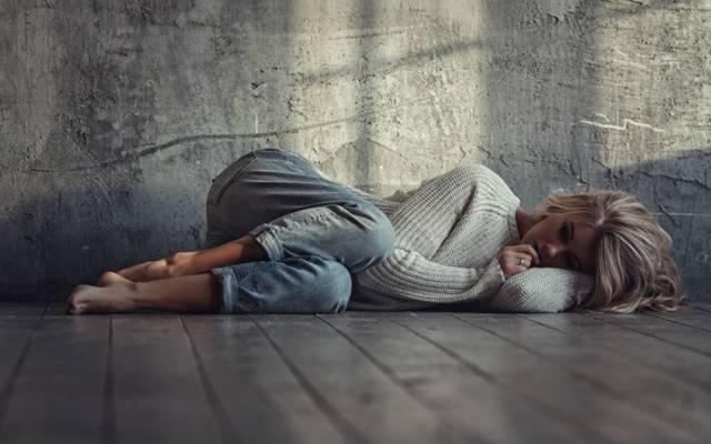 Как выйти из депрессии самостоятельно: советы врача