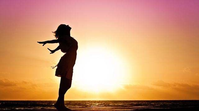 Диссоциативная фуга: что это, как проявляется и лечится