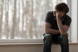 Депрессивное расстройство: виды, проявления и психотерапия