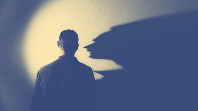 Лекарства от депрессии: какие они бывают и как действуют