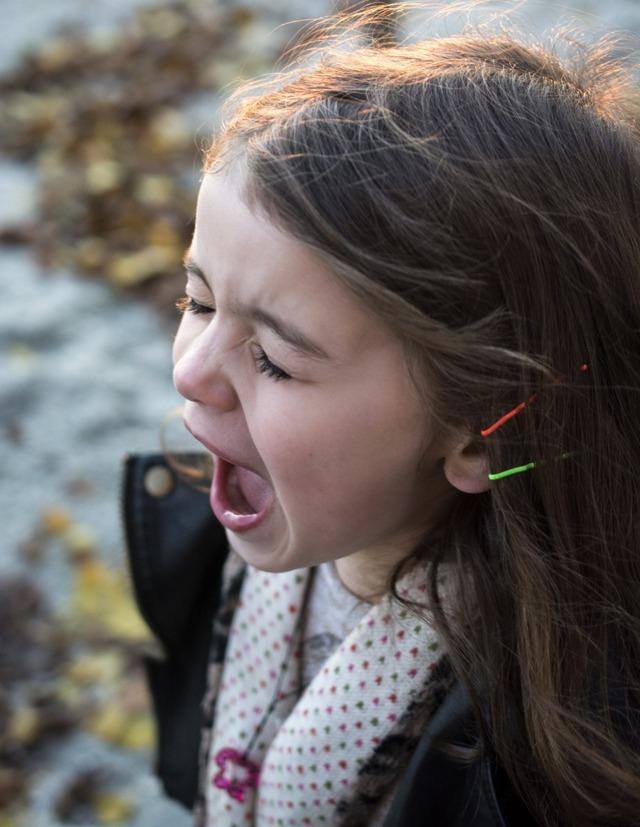 Неврозы у детей: что это, почему возникают и как их лечить