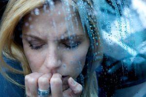 Гипотимия: причины, симптомы и эффективные методы лечения